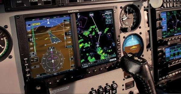 Side view of a Garmin G500/G600 panel