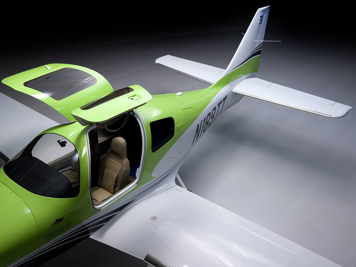 Detailed Comparison Of The Cessna Ttx T240 And Cirrus