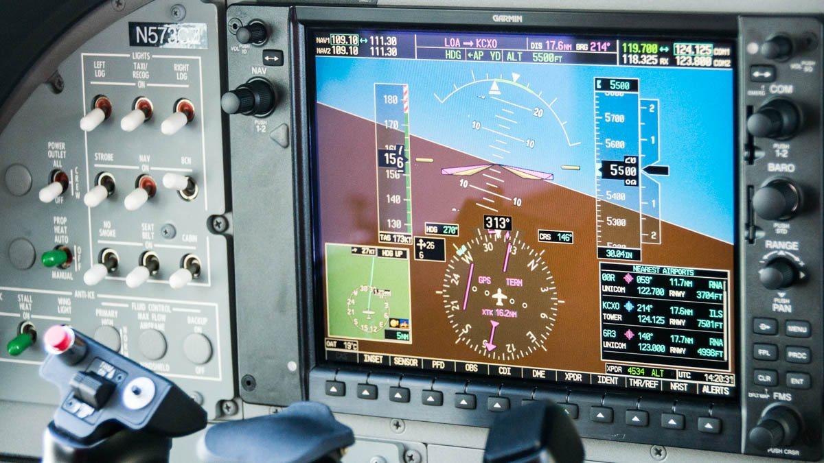 Cessna Caravan Review - G1000 in flight