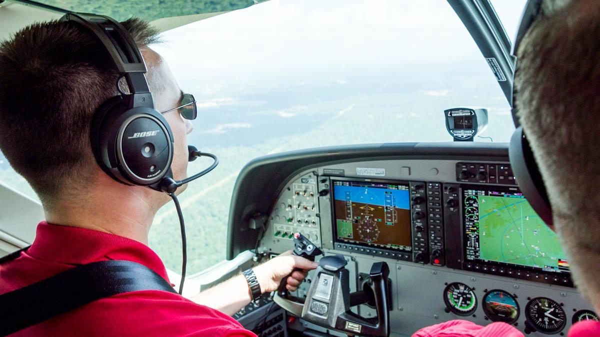 Cessna Caravan Review - Final Approach