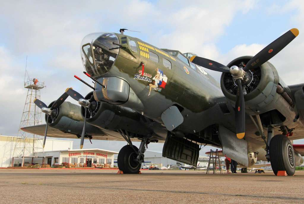 Ride in a Vintage Warbird for Veterans Day at KCXO