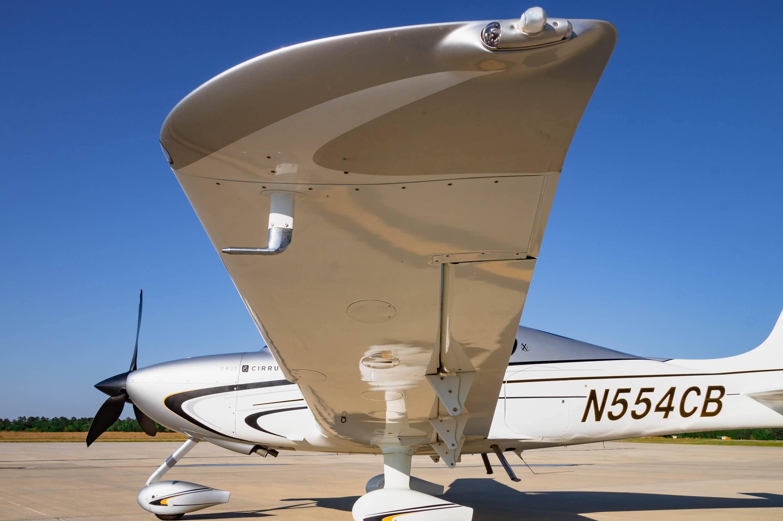 N554CB 2010 SR22 For Sale-24